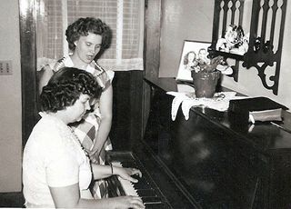 Wilda and Ettie. My mother and grandmother.